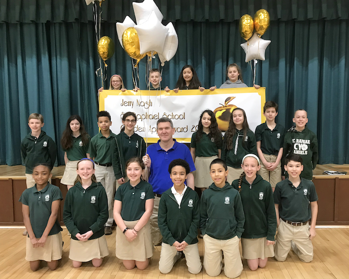 Jerry Nash and his fifth grade class