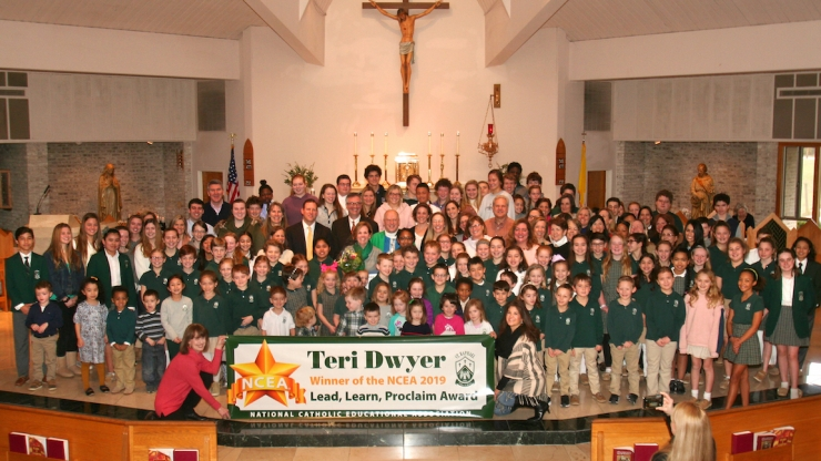 SRS community with banner announcing Dwyer's award